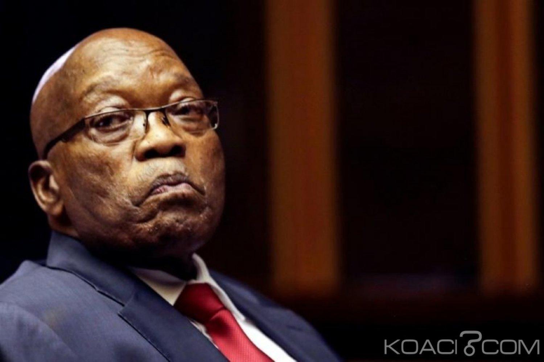 Afrique du Sud:  Zuma, devant la commission anti corruption, nie tout lien illégal avec la famille Gupta