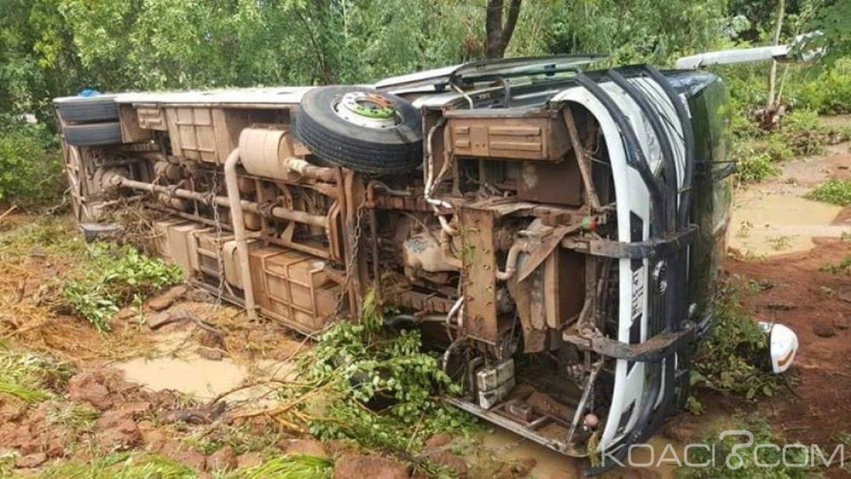 Burkina Faso: En partance pour la Côte d'Ivoire, un car chavire et fait 42 blessés