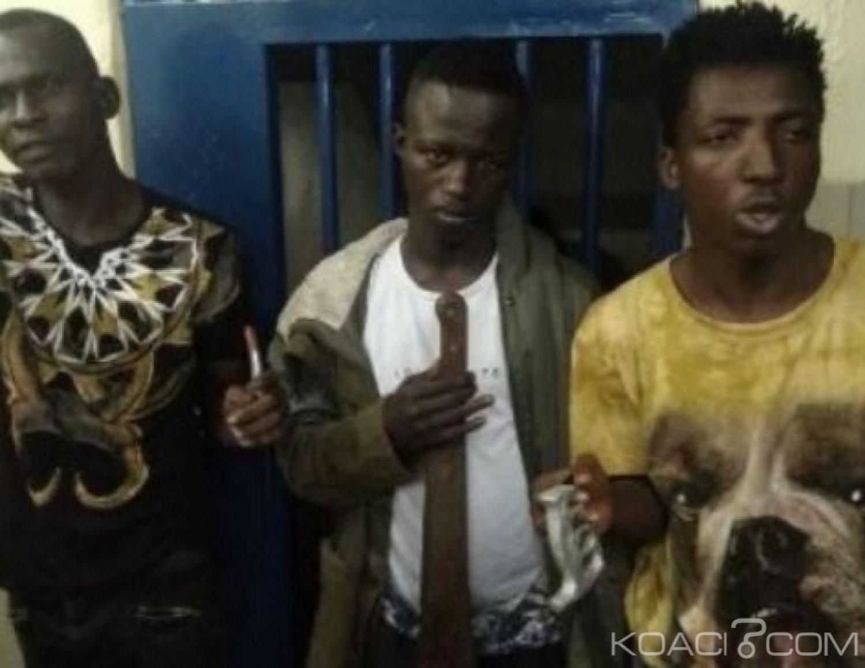 Côte d'Ivoire : Cocody, des individus  porteurs d'armes blanches interpellés à bord d'un taxi