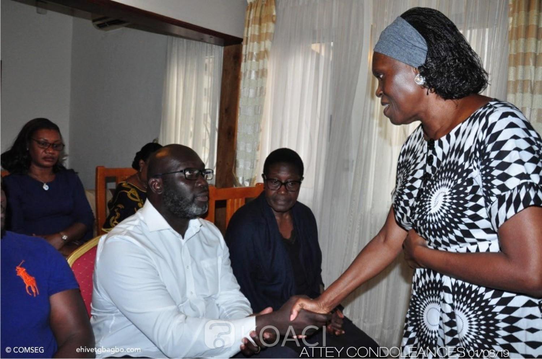 Côte d'Ivoire : Décès de Philippe Attey, Simone Gbagbo au domicile de la famille éplorée pour exprimer sa compassion