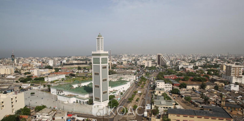 Sénégal: Deux hommes déguisés en femme arrêtés à la sortie d'une mosquée à Dakar