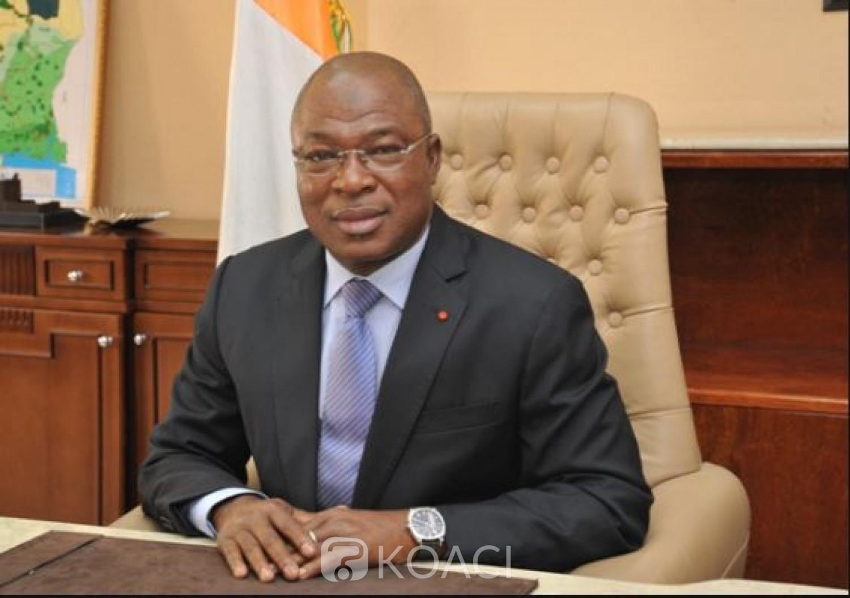 Côte d'Ivoire : Fonctionnaires suspendus en 2014, des omissions  constatées dans les  notes de service du ministère ont-elles été faites à dessein ?