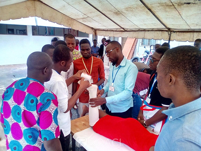 Côte d'Ivoire : Bouaké, pour le traitement des fractures en cas d'accident, le corps médical à l'école d'une structure