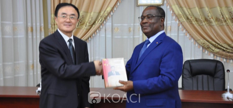 Togo-Chine : Le Président chinois Xi Jinping lance un livre à Lomé