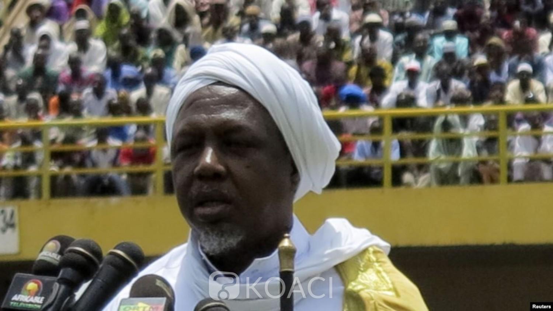 Mali:   L'influent imam malien Mahmoud Dicko lance son mouvement politique