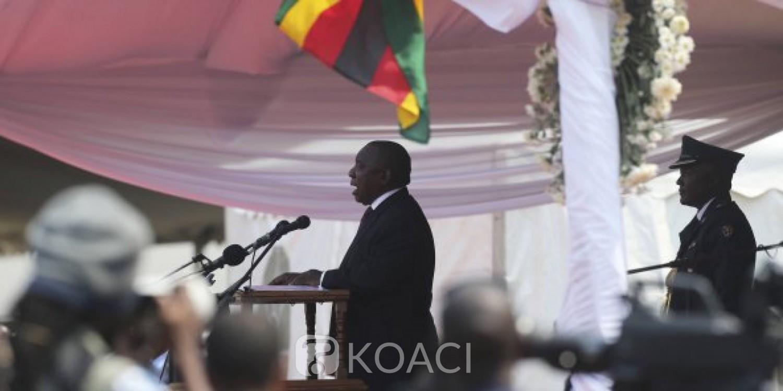 Zimbabwe: Violences xénophobes, Cyril Ramaphosa hué lors des obsèques de Mugabe