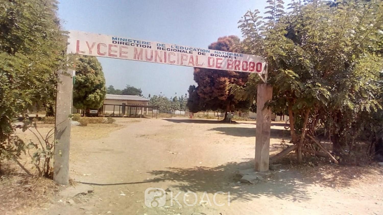 Côte d'Ivoire: Brobo, obligés de payer des frais annexes avant l'accès aux classes, énervés, des parents d'élèves boycottent l'école dans le Ahaly