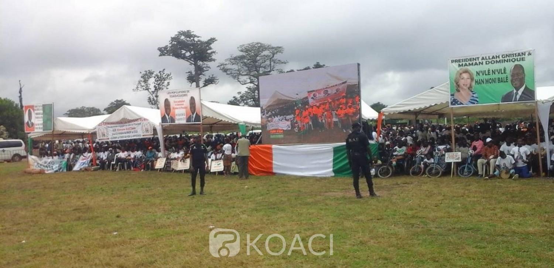 Côte d'Ivoire: Pari de mobilisation réussi pour Ouattara à Kouassi-Kouassikro, pourtant ville enclavée sans voies bitumées