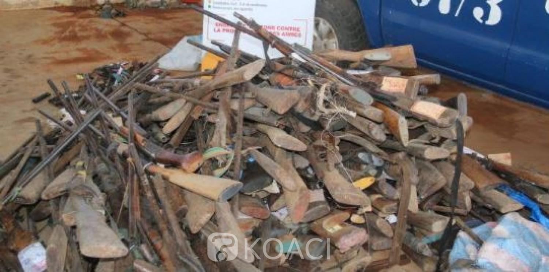 Côte d'Ivoire: Les autorités judiciaires saisissent  et confisquent 356 armes dans le centre du pays