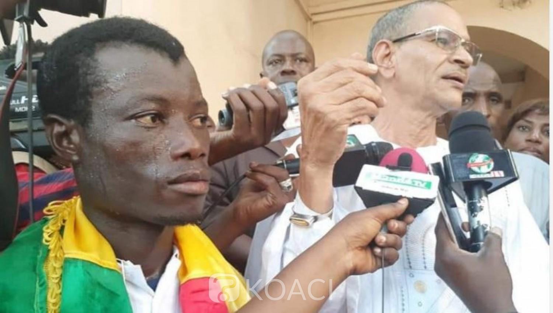 Mali: Il parcourt 500 km pour réclamer une école dans son village natal