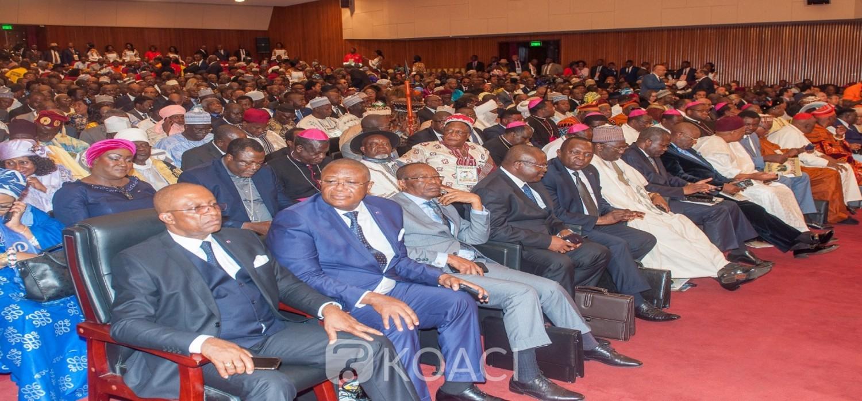Cameroun: Biya promet un « examen»  des résolutions du Grand dialogue national avant leur « faisabilité »