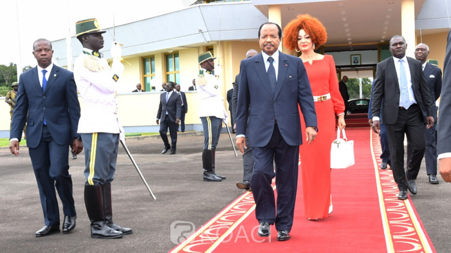 Cameroun-France: Tête-à-tête Biya-Macron, relations apaisées après le Grand dialogue national