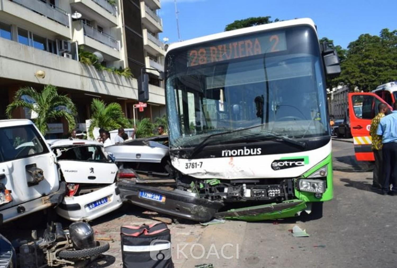 Côte d'Ivoire:  Plateau, un carambolage impliquant un autobus, des  véhicules et une motocyclette fait cinq victimes
