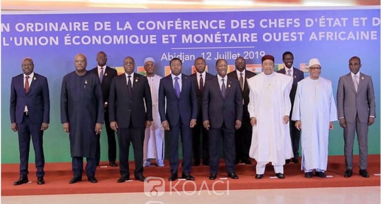 Sénégal-Guinée: Situation politique à Conakry, à Dakar on invite Sall, Ouattara et Buhari à faire comme avec Jammeh