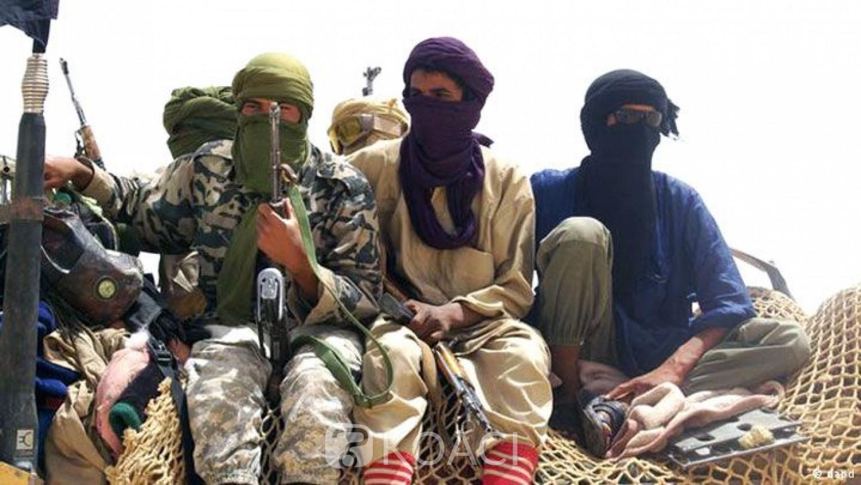 Mali:Libération de six enseignants qui avaient dispensé la langue française dans leur école