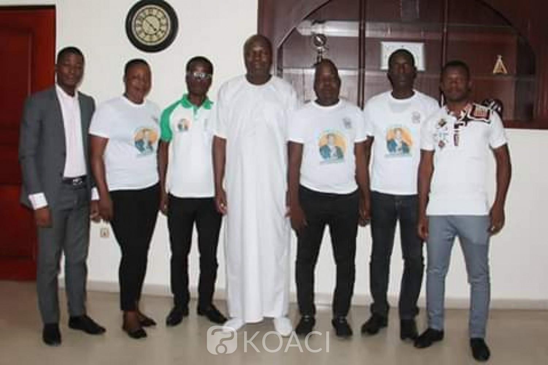 Côte d'Ivoire :  RHDP, des jeunes encouragent la candidature de Mabri Toikeusse à l'élection présidentielle de 2020