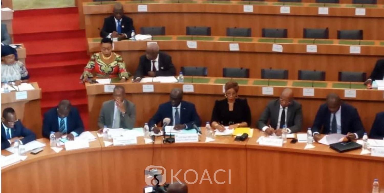 Côte d'Ivoire :  Assemblée nationale, déclaration commune pour les groupes parlementaires Rassemblement, Vox populi et PDCI