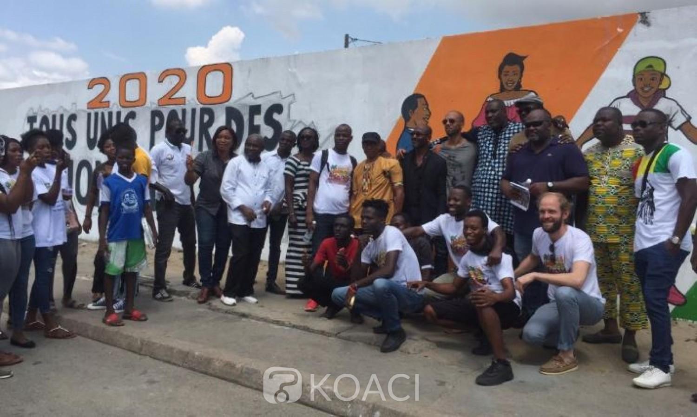 Côte d'Ivoire: 2020, pour des élections apaisées, à Treichville,  ils donnent un coup de pinceau pour sensibiliser les acteurs politiques