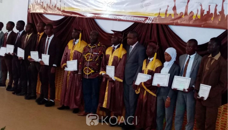 Côte d'Ivoire: Trois ans après son ouverture, l'université de Man célèbre ses premiers licenciés