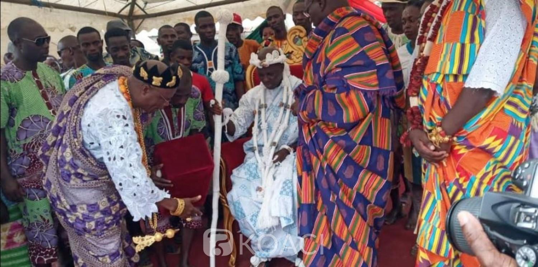 Côte d'Ivoire: Intronisé en décembre 2018, Nanan Djombo Valentin nouveau chef du village d'Attiekoi a officiellement pris fonction