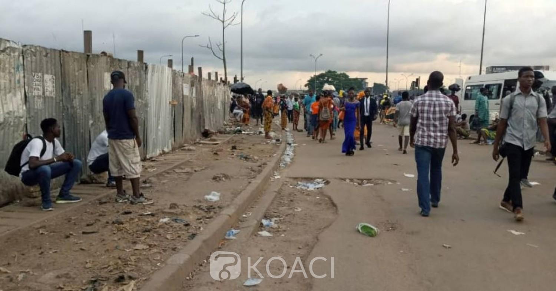 Côte d'Ivoire :  Abobo, veille des fêtes de fin d'année, destruction de buvettes, maquis et commerces installés anarchiquement sur certaines artères principales