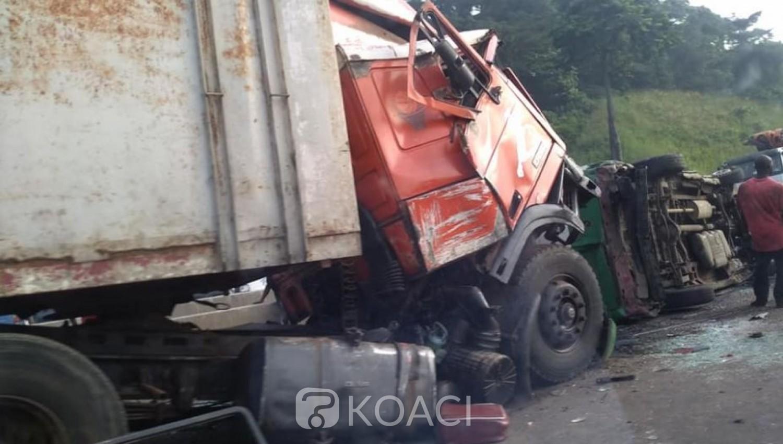 Côte d'Ivoire: Yopougon, terrible embouteillage causé par un accident impliquant plusieurs véhicules, des blessés graves
