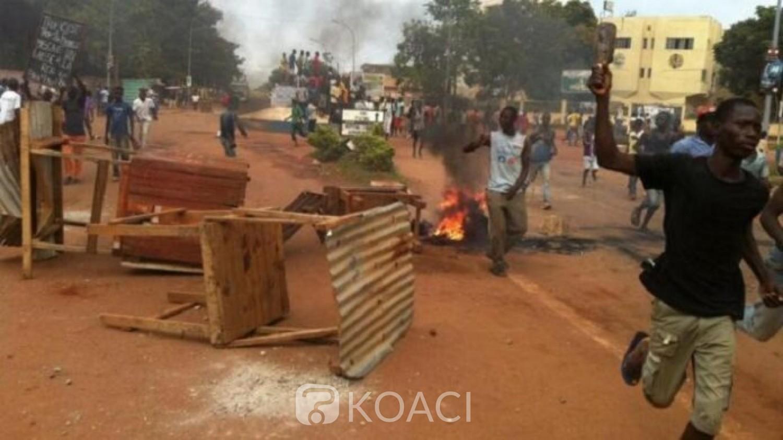 Centrafrique:  A Bangui, des combats entre commerçants et miliciens font 11 morts au moins