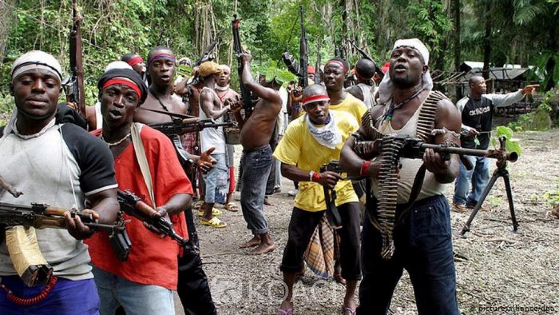 Nigeria: 19 morts au moins  dans une attaque armée contre un village dans le centre