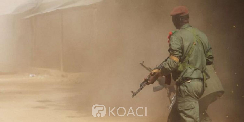 Mali: Cinq militaires tués dans l'explosion d'une mine artisanale à Alatona