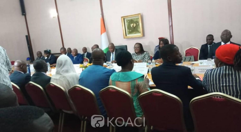 Côte d'Ivoire :  Dialogue politique, Gouvernement, groupements et partis politiques se rencontrent demain à la Primature après un conseil des ministres