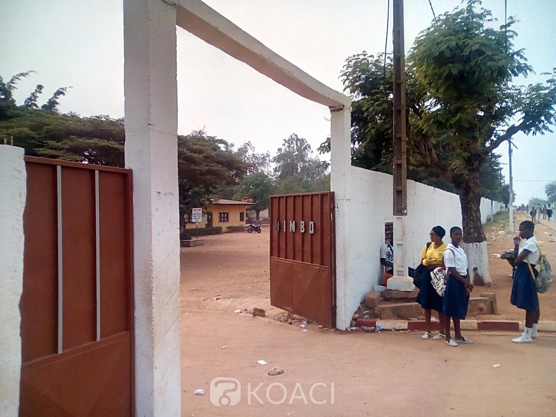 Côte d'Ivoire: Bouaké, un élève viole un règlement, bastonne son éducateur et le mord à plusieurs reprises