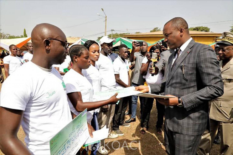 Côte d'Ivoire: Bouaké, face à des conditions trouvées incompréhensibles, des jeunes interpellent Mamadou Touré