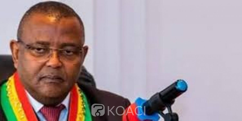 Congo : Le maire de Brazzaville, Christian Roger Okemba suspendu pour un virement suspect