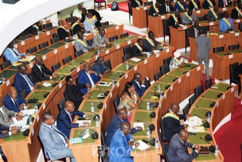 Côte d'Ivoire :  Assemblée nationale, les députés réclament leurs primes de la première session extraordinaire de l'année clôturée jeudi dernier