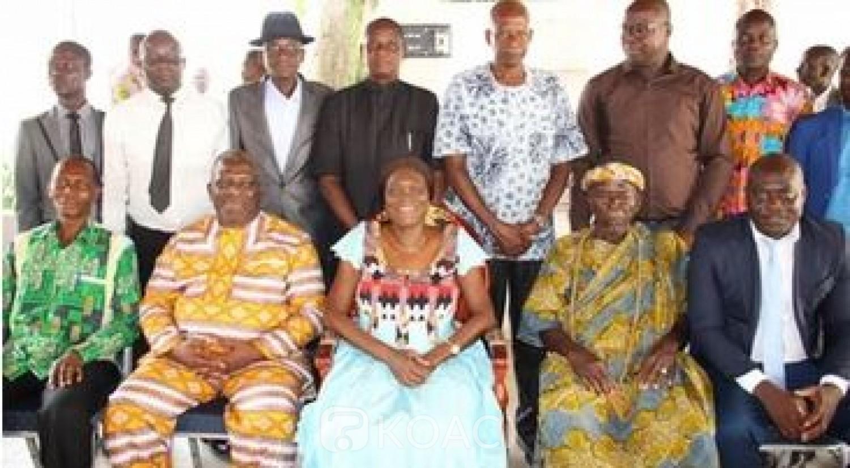 Côte d'Ivoire : Invitée par un village de Didiévi pour la Pâques, Simone Gbagbo : « Quand on parle de réconciliation, je regarde certaines ethnies... »