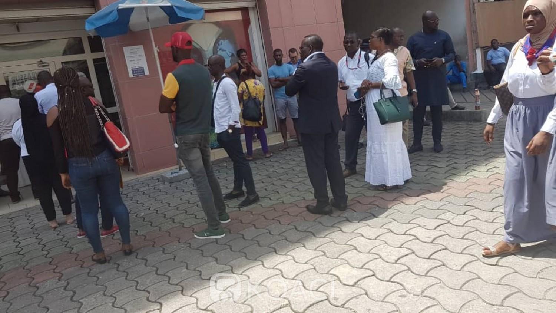 Côte d'Ivoire-France : Préoccupés par le confinement français, l'agence Air France prise d'assaut par ceux qui veulent repartir