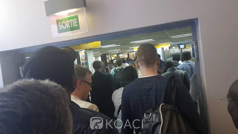 Côte d'Ivoire : Prévention contre le Coronavirus, interdiction d'accompagner ou de venir chercher quelqu'un à l'aéroport