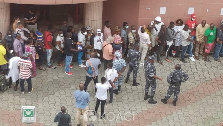 Côte d'Ivoire : Coronavirus, on a dit 1 mètre de distance bon sang !
