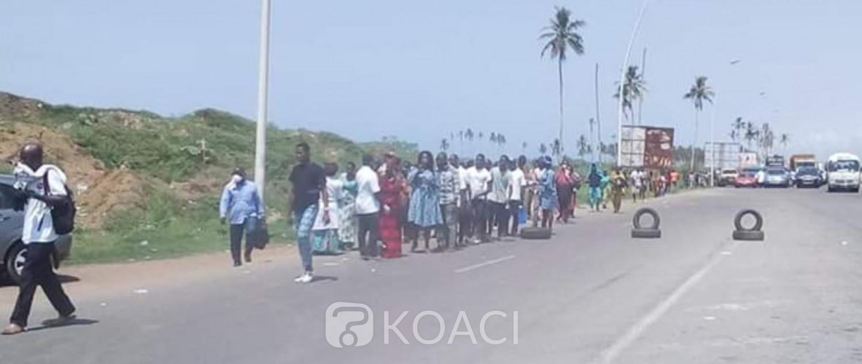 Côte d'Ivoire : Coronavirus, passage aux corridors sanitaires pour sortir d'Abidjan, file d'attente et embouteillages monstres