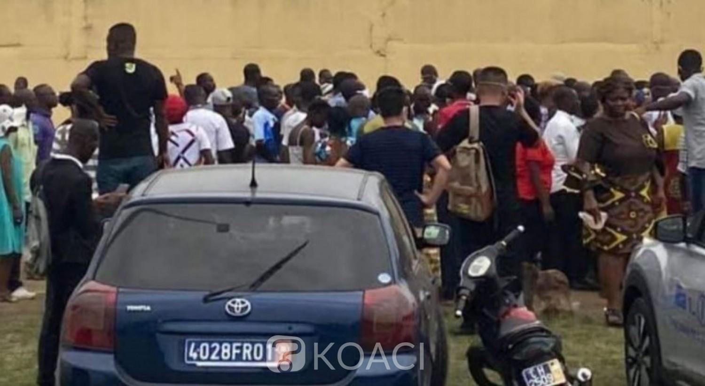Côte d'Ivoire : Covid-19, pour un laissez-passer, forte affluence devant l'école de police, risque de propagation du Coronavirus