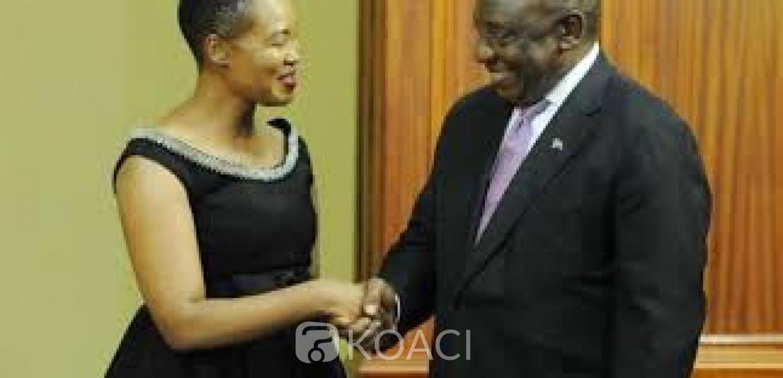 Afrique du Sud : Une ministre convoquée  par le Président pour avoir violé le confinement pour une fête