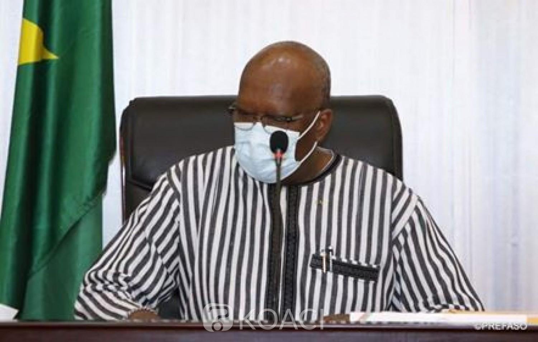 Burkina Faso : Le Président Kaboré et son gouvernement cède entre 1 à 6 mois de salaire pour lutter contre le coronavirus