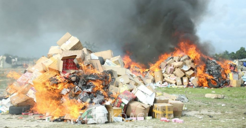 Côte d'Ivoire : Abidjan, 73, 542 tonnes de produits prohibés composés de médicaments et de cigarettes incinérés par les Douanes