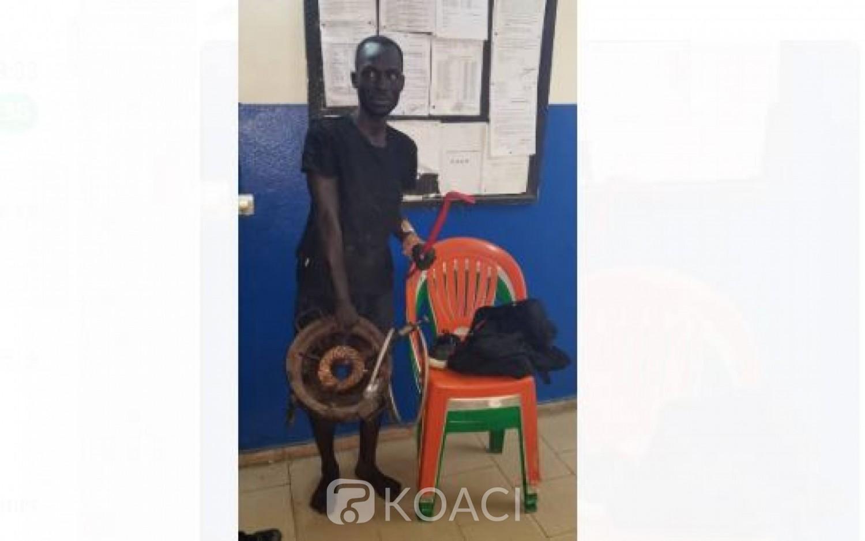 Côte d'Ivoire : À Abobo, en plein couvre-feu, un présumé voleur de chaises et de gaz interpellé