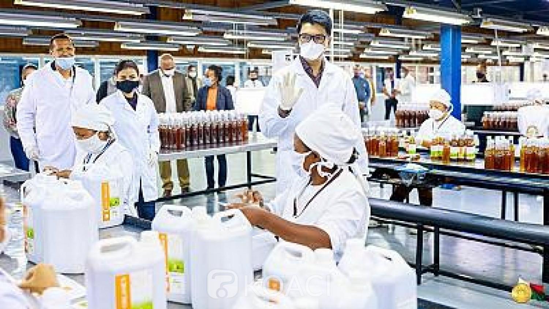 Madagascar : Andry Rajoelina annonce une solution injectable de « Covid Organics» à l'étude