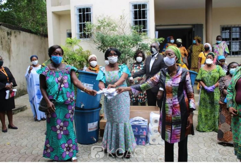 Côte d'Ivoire : Lutte contre le Covid19, Ly Ramata lance l'opération « une femme, un masque »