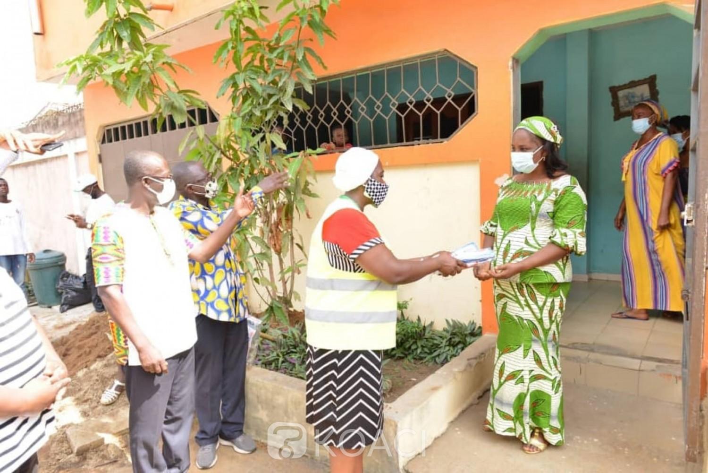 Côte d'Ivoire : Lutte contre la COVID-19, le Gouvernement distribue gratuitement des sacs-poubelles à 3000 ménages vulnérables