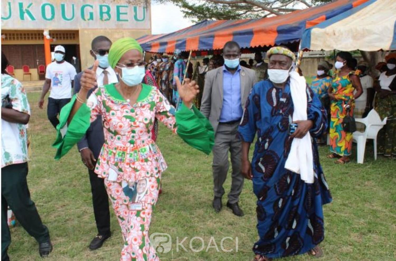 Côte d'Ivoire : Devant Ly Ramata, la chefferie et les associations des femmes  de Zoukougbeu expriment leur soutien à la candidature de Gon