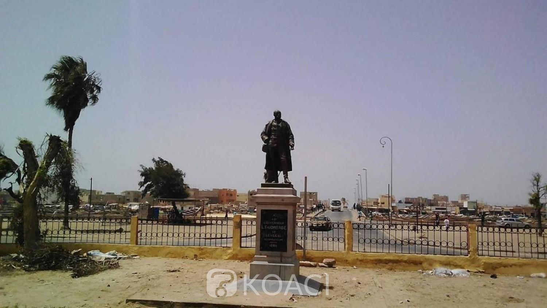 Sénégal : Statues et rues hororant des esclavagistes, l'ex-Premier ministre Abdoul Mbaye interpelle l'Etat