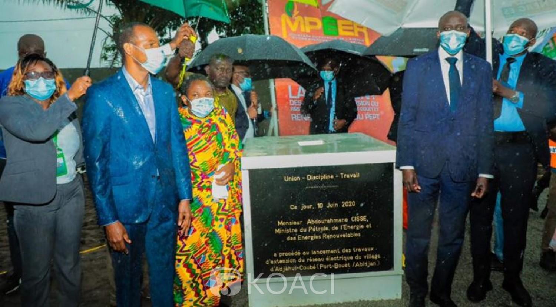 Côte d'Ivoire : Programme social, le Gouvernement lance la 2ème phase d'extension du réseau électrique des quartiers de la commune de Port-Bouët